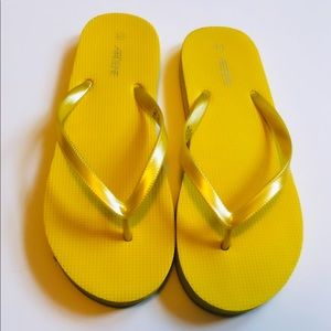 ☼4 for 20$☼ Yellow Flip Flop Sandals